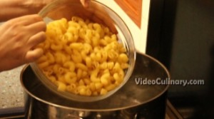 baked-macaroni-cheese_5