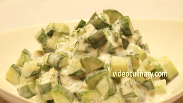 cucumber-yogurt-salad_final