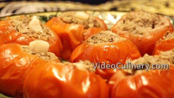 Steamed Meat Stuffed Tomatoes