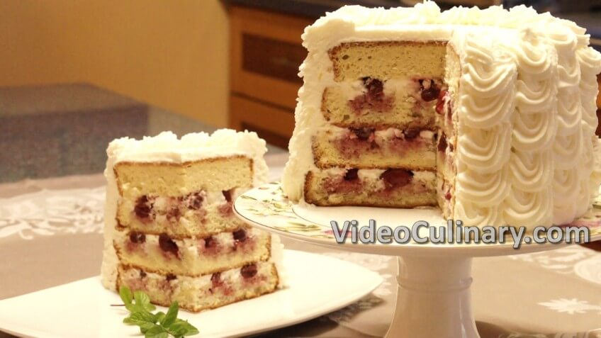 white-cake-with-cherry-filling_102