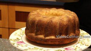 old-fashioned-lemon-glazed-pound-cake_8