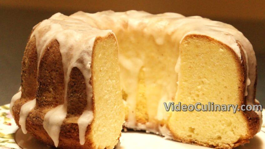 Old Fashioned Lemon Glazed Pound Cake