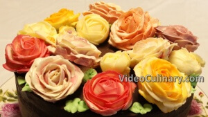 chocolate-cake-buttercream-roses_15