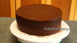 chocolate-cake-buttercream-roses_8
