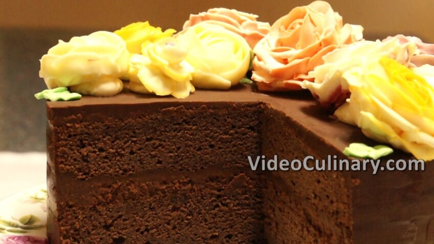 chocolate-cake-buttercream-roses_final2