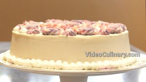 zebra-cake-with-white-chocolate-frosting_18